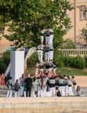 barcelona castellers de En castell - är ett mänskligt torn som traditionellt byggs i festivaler arkivbild