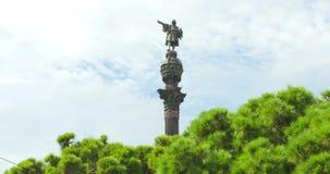 BARCELONA, CATALONIË - JULI ZESENTWINTIGSTE 2017: Christopher Columbus-monument in Barcelonetta stock videobeelden