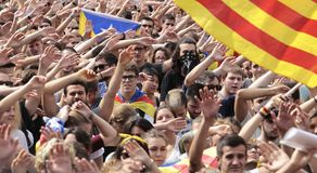 Barcelona demo for independence. Students raise their hands and sing during a massive demonstration pro independence in barcelona the day after the referendum Royalty Free Stock Images
