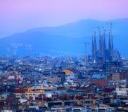Barcelona en la puesta del sol imagen de archivo libre de regalías