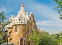 Barcelona, España - 4 de abril de 2015 Edificio en el parque Guell Foto de archivo