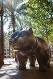 Barcelona, España - 20 de abril de 2016: Escultura del gato en el EL Raval Imágenes de archivo libres de regalías