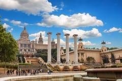 Barcelona, España - 22 de abril de 2016: Museo Nacional del arte, cuadrado de Placa De Espanya spanish fotos de archivo libres de regalías