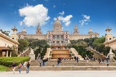 Barcelona, España - 22 de abril de 2016: Museo Nacional del arte, cuadrado de Placa De Espanya spanish imágenes de archivo libres de regalías