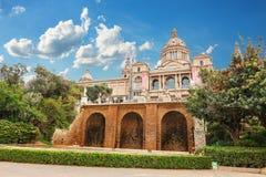 Barcelona, España - 22 de abril de 2016: Museo Nacional del arte, cuadrado de Placa De Espanya spanish fotografía de archivo