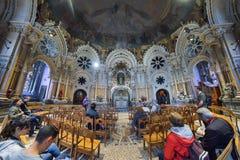 BARCELONA, ESPAÑA - 28 DE ABRIL: Montserrat Monastery el 28 de abril de 2016 en Cataluña, España Fotos de archivo