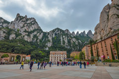 BARCELONA, ESPAÑA - 28 DE ABRIL: Montserrat Monastery el 28 de abril de 2016 en Cataluña, España Imagen de archivo libre de regalías