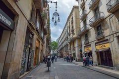 BARCELONA, ESPANHA - 28 DE ABRIL: Quarto gótico de Barcelona o 28 de abril de 2016 em Barcelona, Espanha Fotografia de Stock Royalty Free
