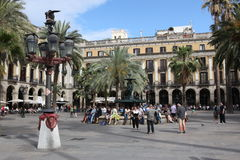 BARCELONA, ESPANHA - 9 DE JUNHO: Plaza real em junho de 2013 em Barcelon Fotos de Stock Royalty Free