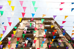 Barcelona, Espanha - fachada da construção e decorações no discrict de Barceloneta Foto de Stock