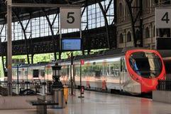 Barcelona - estação de caminhos-de-ferro fotografia de stock royalty free