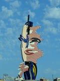 Barcelona gehen - eine Skulptur durch Roy Lichtenstein voran Stockfotos