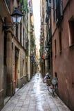 Barcelona gränd Arkivfoto