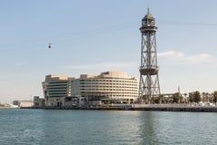 Barcelona-HafenDrahtseilbahn und Turm Lizenzfreie Stockfotografie