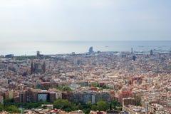BARCELONA HISZPANIA, AUG, - 30th, 2017: szeroki kąt Barcelona strzelał od bunkierów De Carmel oferuje zadziwiać panoramiczny Fotografia Royalty Free