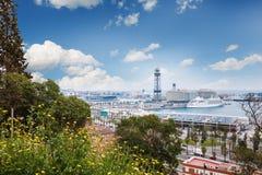 Barcelona, Hiszpania - 22 Kwiecień, 2016: Panoramiczny widok Barcelona od Montjuic w letnim dniu w Hiszpania Obraz Stock