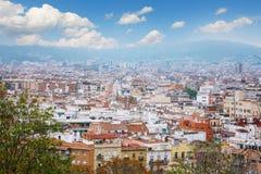 Barcelona, Hiszpania - 22 Kwiecień, 2016: Panoramiczny widok Barcelona od Montjuic w letnim dniu w Hiszpania Obrazy Royalty Free
