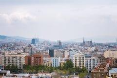Barcelona, Hiszpania - 22 Kwiecień, 2016: Panoramiczny widok Barcelona od Montjuic w letnim dniu w Hiszpania Zdjęcia Royalty Free