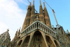 BARCELONA HISZPANIA, LIPIEC, - 12, 2018: Bazylika ja Świątynny Expiatori de los angeles Sagrada Familia Południowa fasada pasja C fotografia stock