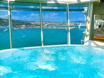 Barcelona Hiszpania, Wrzesień, - 06, 2015: Statku wycieczkowego urok morza posiadał Królewskiego Karaibskiego zawody międzynarodo Zdjęcia Royalty Free