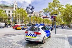 BARCELONA HISZPANIA, WRZESIEŃ, - 15, 2015: Samochód policyjny na ruchliwie bo Fotografia Stock