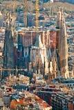 BARCELONA - JULI 10: Lucht mening van Sagrada Familia, Antoni Stock Afbeeldingen