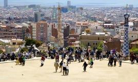 Barcelona kąta park tłumi Hiszpanii th widok szeroki Zdjęcie Royalty Free
