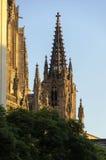 Barcelona-Kathedrale bei Sonnenuntergang lizenzfreie stockbilder