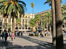 Barcelona, kunglig personfyrkant och springbrunn av den tre gracerna i Arkivbilder