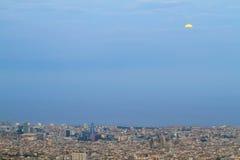 Barcelona linia horyzontu przy półmrokiem Fotografia Royalty Free