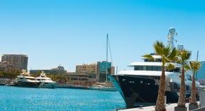 Barcelona luksusowi jachty w portowym Vell Zdjęcie Royalty Free