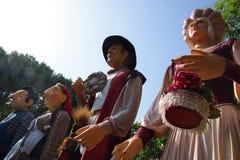 BARCELONA, MAJ - 27: Giganty i głowy w losu angeles Palmera kwadracie w losu angeles Verneda neighbourhood podczas Popularri Kult Fotografia Royalty Free