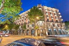 BARCELONA - MAJ 13, 2018: Härlig nattsikt av den Barcelona skylen Royaltyfri Fotografi
