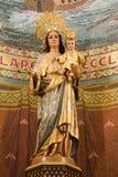 Barcelona - Mary santamente do núcleo de Jesus de Sagrad imagem de stock royalty free