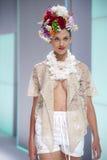 080 BARCELONA moda - CELIA VELA wybieg Fotografia Royalty Free