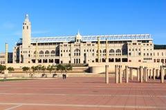 Barcelona Olympic Stadium och olympic parkerar (Anella Olimpica) Arkivfoton