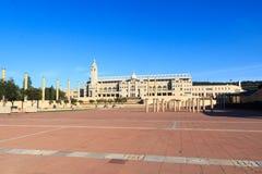 Barcelona Olympic Stadium och olympic parkerar (Anella Olimpica) Royaltyfria Foton