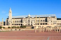 Barcelona Olympic Stadium och olympic parkerar (Anella Olimpica) Royaltyfri Fotografi