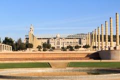 Barcelona Olympic Stadium som är olympic parkerar, och Placa D Europa Arkivbild