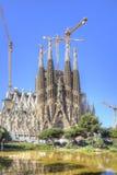 Barcelona sagrada spain för barcelona konstruktionsfamilia tempel under Fasad av Kristi födelse Arkivbild