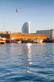 Barcelona schronienie z nowożytny biura wierza Obraz Stock