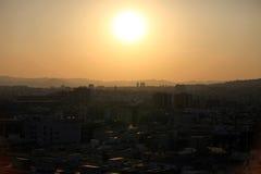 Barcelona am Sonnenuntergang lizenzfreies stockfoto
