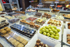BARCELONA, SPAIN - APRIL 28:  Store of sweets and chocolate in Barcelona on April 28, 2016 in Barcelona, Spain Royalty Free Stock Photos