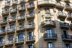 Barcelona & x28; Spain& x29;: byggande Arkivbild