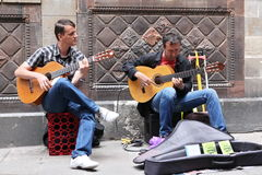 BARCELONA SPAIN - JUNE 9: Unidentified musician play before publ Stock Photo