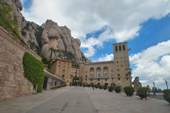 BARCELONA, SPANIEN - 28. APRIL: Montserrat Monastery am 28. April 2016 in Katalonien, Spanien Stockfotografie