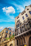 Barcelona Spanien - April 18, 2016: Palauisk slott Guell Fotografering för Bildbyråer
