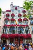 Barcelona Spanien - 24 April 2016: Yttre sikt av casaen Batllo i Barcelona Arkivbilder