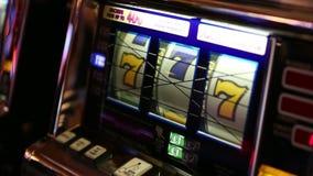 BARCELONA SPANIEN - AUGUSTI 10, 2018: Hall av Monte Carlo Casino, det populära spela komplexet öppnade i 1863 lager videofilmer