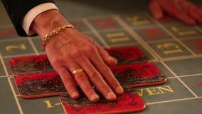 BARCELONA SPANIEN - AUGUSTI 10, 2018: Hall av Monte Carlo Casino, det populära spela komplexet öppnade i 1863 arkivfilmer